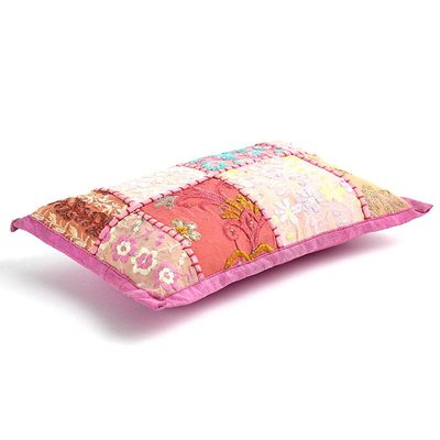 Patchwork baby roze kussentje