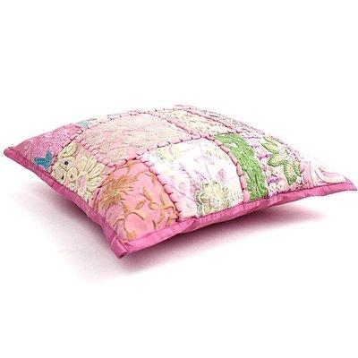 Kinderkussentje baby roze patchwork
