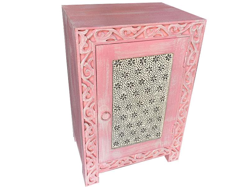 Roze oosters nachtkastje