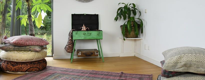 Blockprint op vloerkleed, vloerkussen, poef en krukje