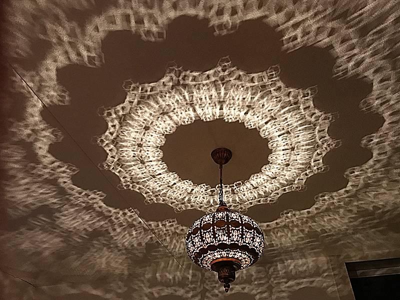 Filigrain lampen met gaatjes, effect lamp voor oosterse sfeer ...