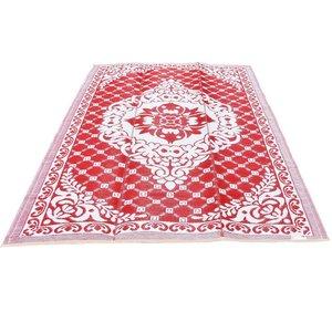 Rood wit oosters tapijt voor buiten
