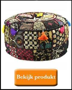 Zwart bohemain style patchwork poefje