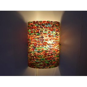 Kleurrijke wandlamp