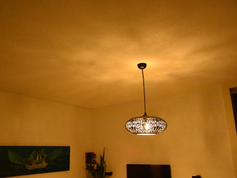 Filigrain hanglamp lichteffect met spaarlamp