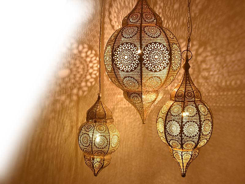 Marokkaanse Lampen Huis : Oosterse romantische wit gouden hanglampen met magiche lichteffecten