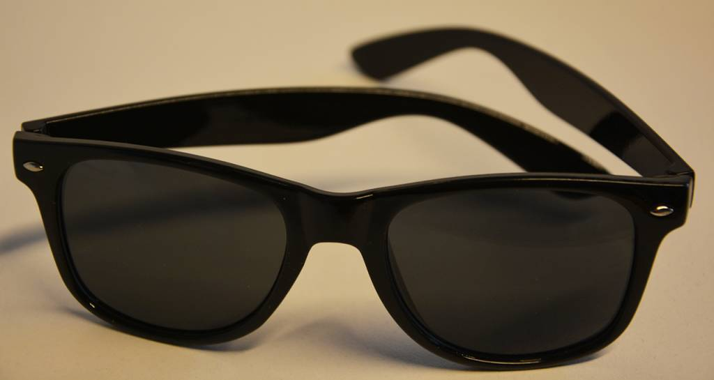 dance4life black sunglasses