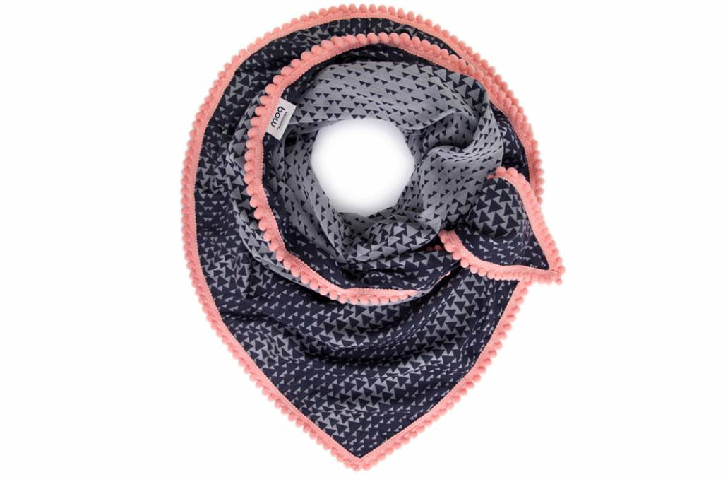 POM Amsterdam dance4life shawl - roze