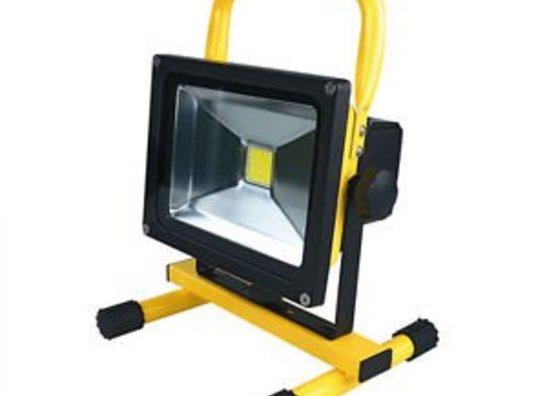 LED Fluter Akku