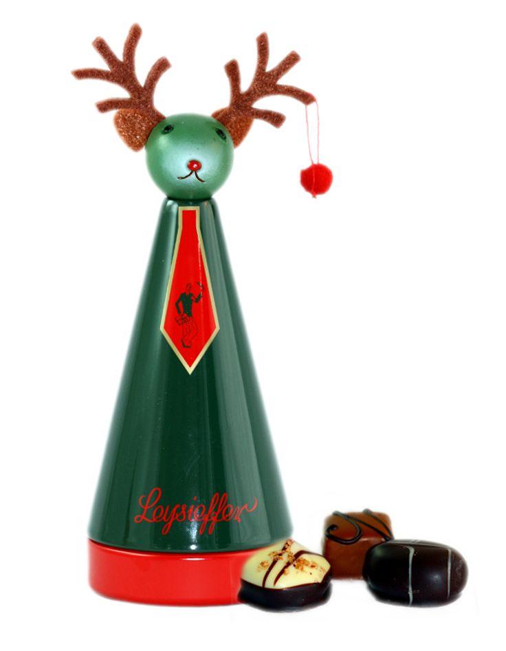 Weihnachtskegel mit Elchkopf, feinen Pralinen ohne Alkohol