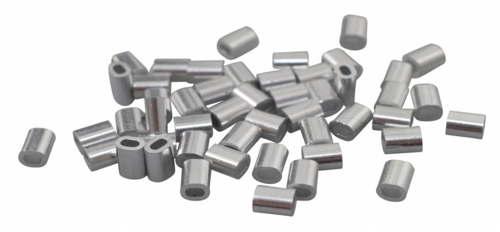 Draadklemmen voor het vastklemmen van staaldraad en staalkabel