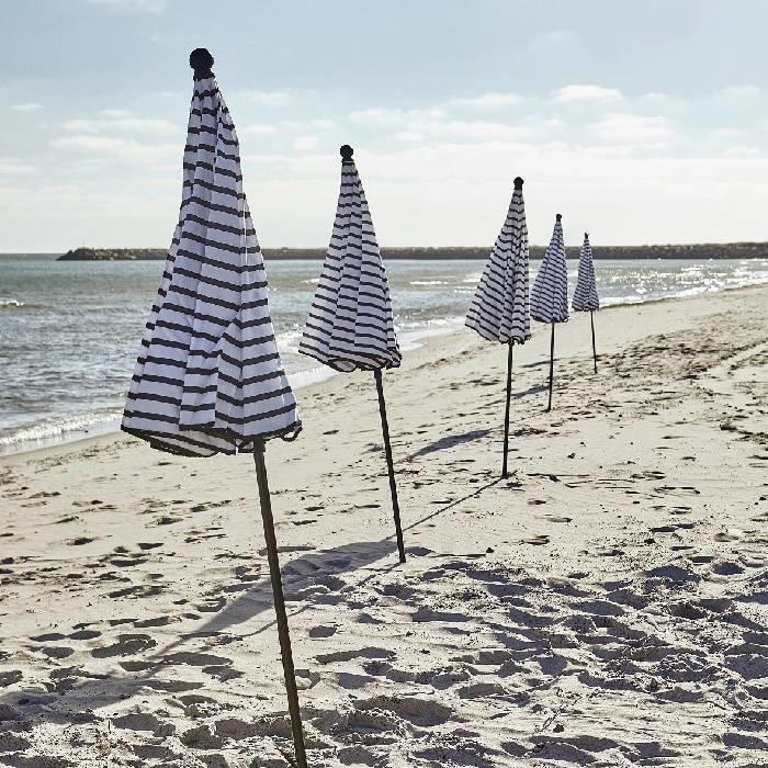 Zwart - wit gestreepte parasol