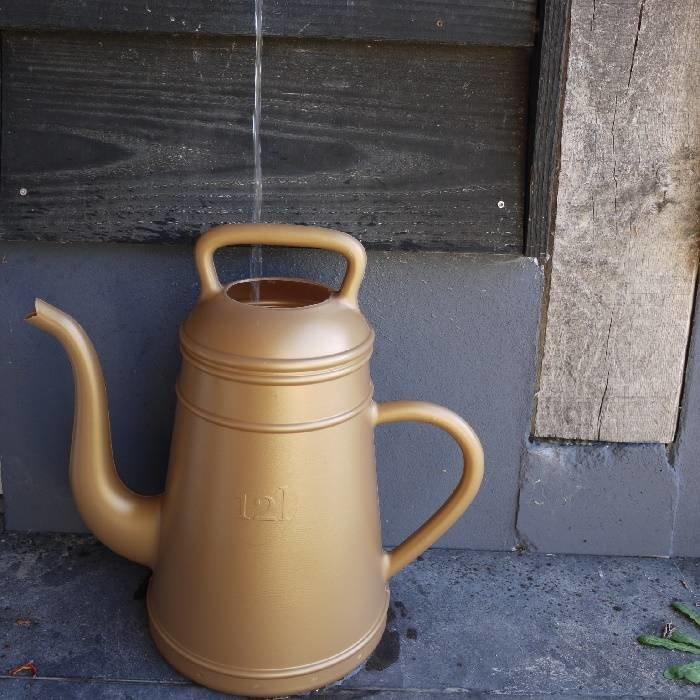 Grote gieter Lungo: 12 liter goud