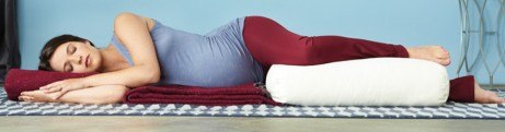 Yoga bolster en zwangerschap