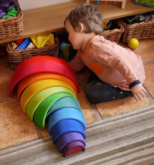 Hoge blokkentorens en kleurrijke puzzels: lekker binnen spelen