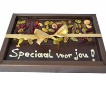 Speciaal voor jou, luxe pure chocolade met noten 200 gram