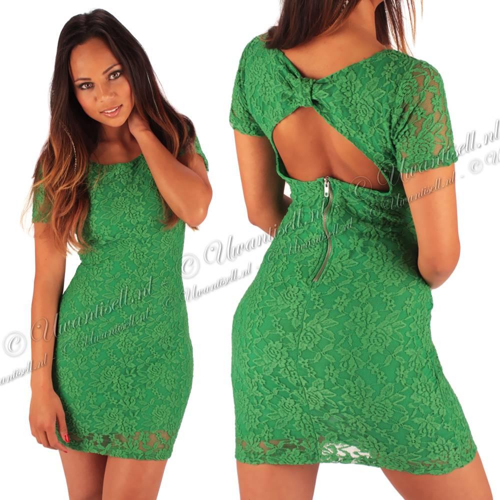 Startseite Spitzen-Kleider: Günes Spitzen Kleid mit ausgeschnittenem ...