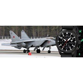 KHS Tactical Watches Airleader Black Steel Chronograph mit schwarzen Diver Armband.