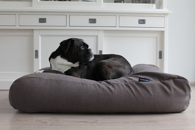 Hondenbed taupe meubelstof large