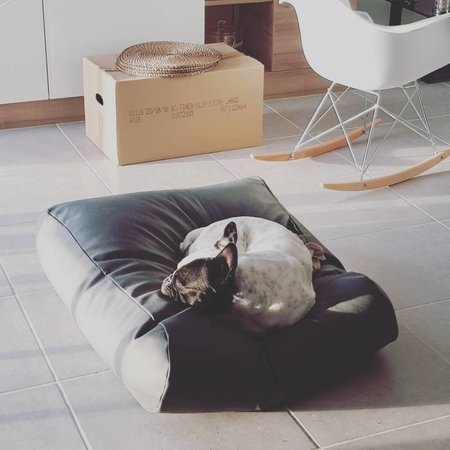 Dog's Companion® Hondenbed zwart leather look extra small