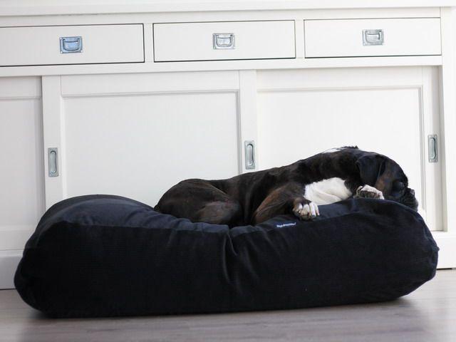 lit pour chien noir corduroy lits pour chien de dog s companion. Black Bedroom Furniture Sets. Home Design Ideas