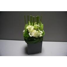 bloemstuk vierkant wit hoog