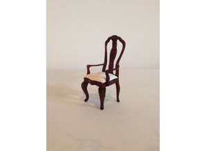 AM007 stoel met armleuning, mahonie €7,95 AFM: 10x4,5x4,5 cm
