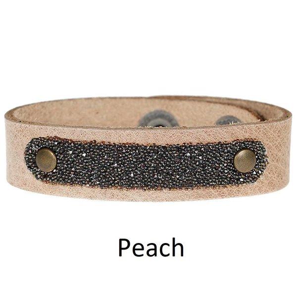 Pimps & Pearls Moesss Have Uno Swarovski