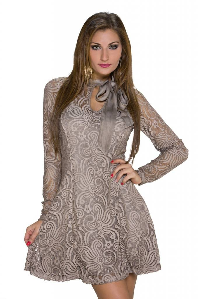 Kanten jurk creme