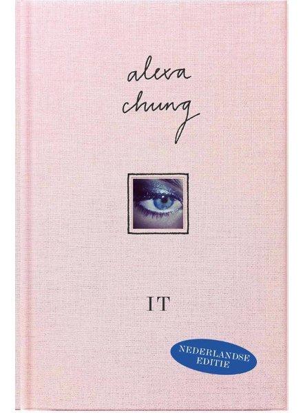 IT GIRL Alexa Chung