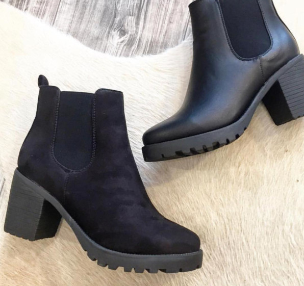NEW CHELSEA SUEDE