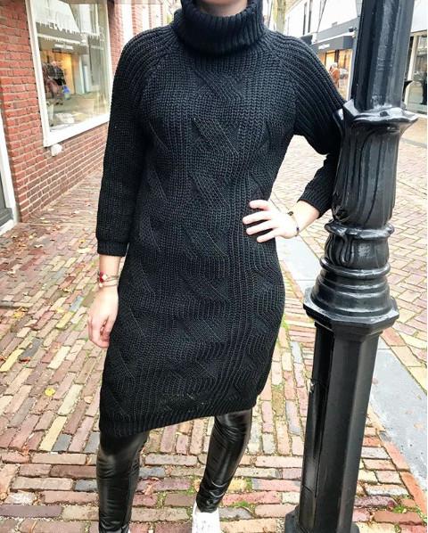 BLACK COLL DRESS