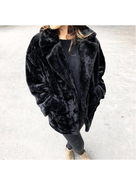 TEDDY BLACK COAT