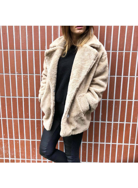 TEDDY BEIGE COAT