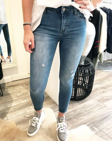 QUEEN JEANS LITTE RIPPED