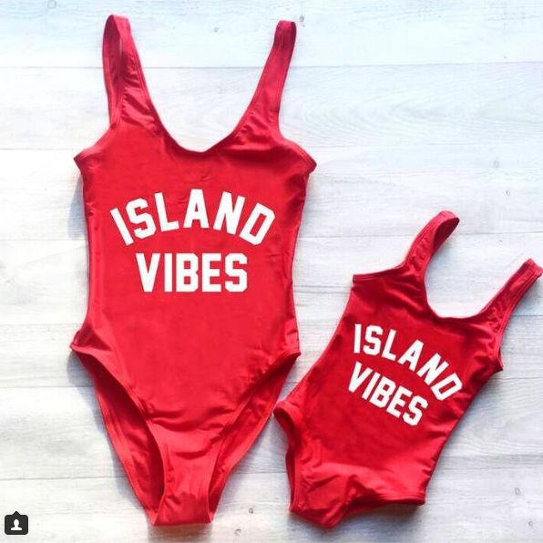 """ISLAND VIBES RED """"MOMMY"""""""
