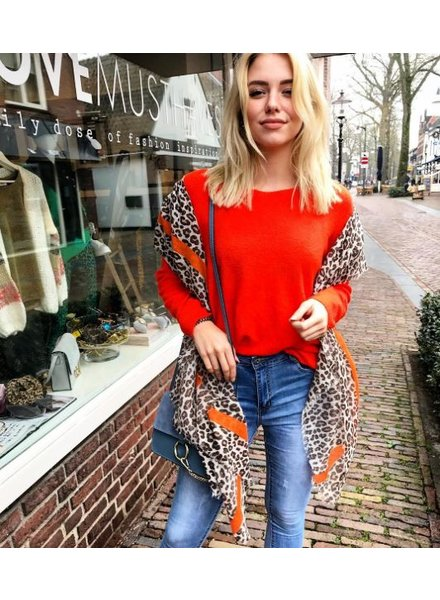 KINGSDAY SWEATER