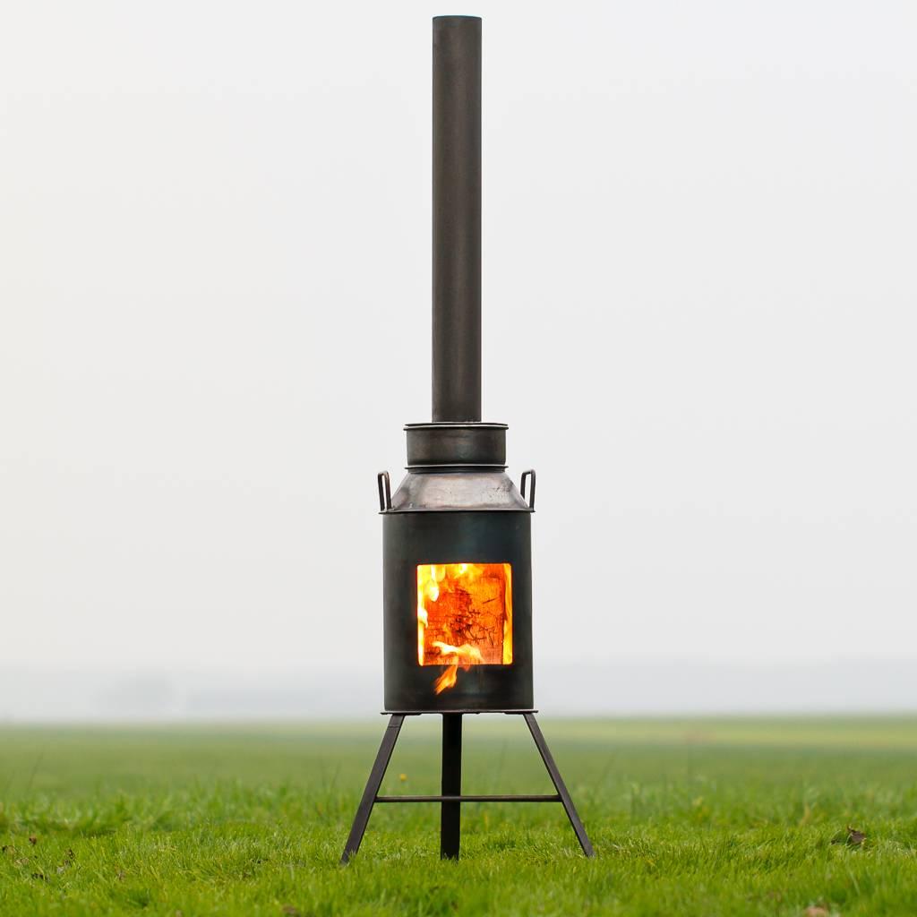 New Tuinhaard houtkachel voor sfeer en warmte op het buiten terras &AR25
