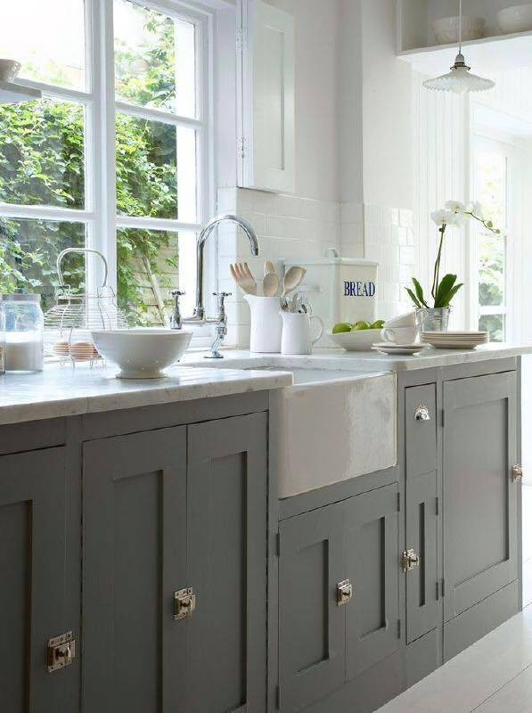 Formica Keuken Verven : Grey Painted Cabinets