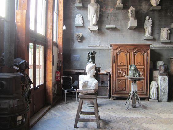 Atelier en winkel Vintage Furniture Leiden