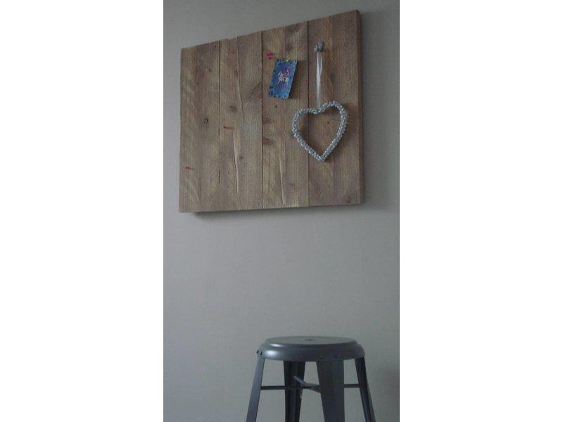 'Torsted' prikbord van steigerhout