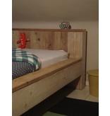 'Bremnes' bed van steigerhout blokvorm