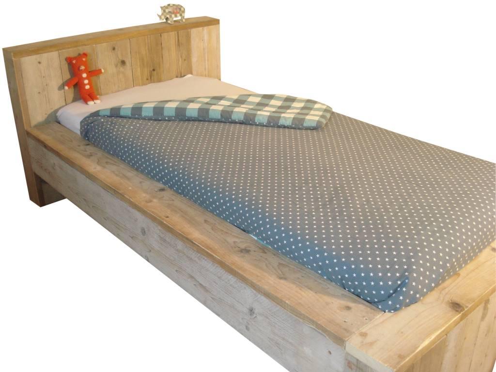 Pure steigerhouten bed blokvorm pure wood design