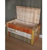 PURE wood design 'Jondal' Kist van sloophout