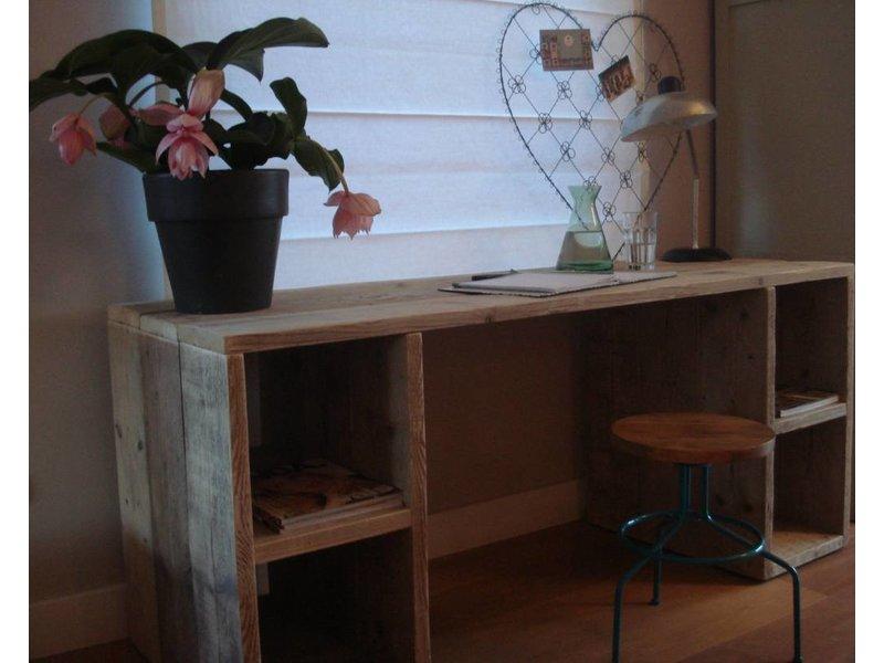 'Seiland' Bureau van steigerhout met vakken
