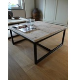 "PURE wood design ""Varberg"" Table basse en pin recyclé et métal"