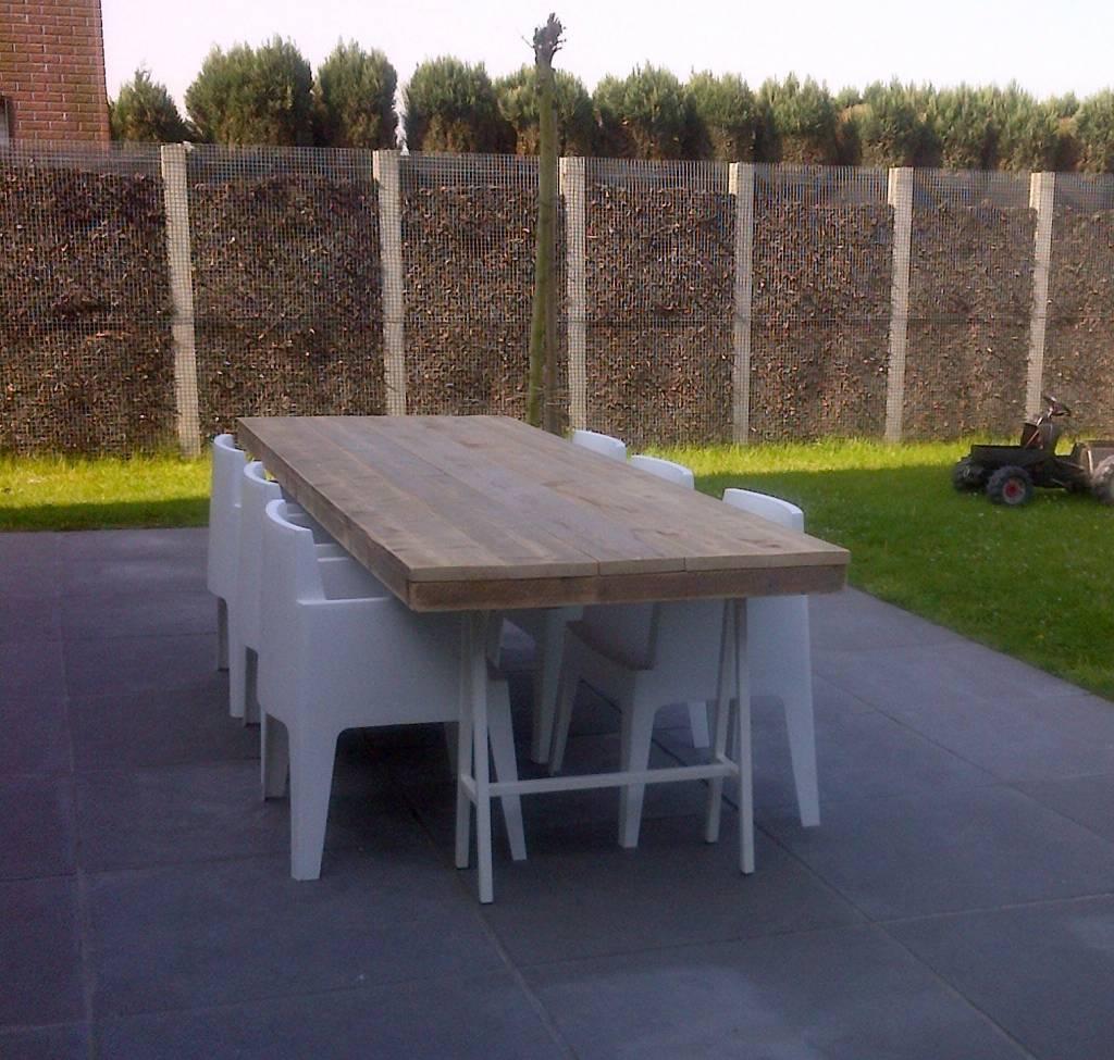39 lystrup outdoor 39 industriele tuintafel steigerhout for Steigerhout tuintafel