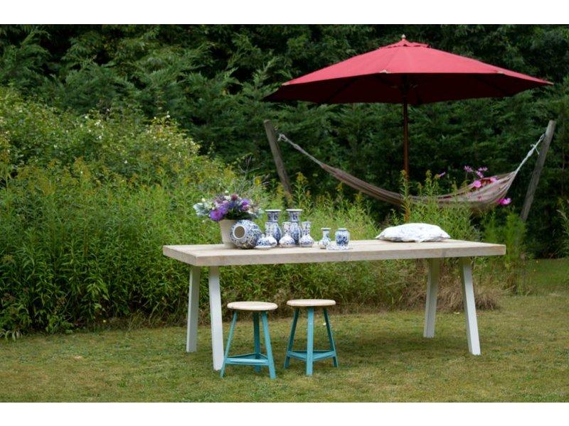 'Arendal outdoor' tuintafel steigerhout/stalen poten schuin