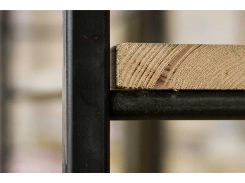 'Molde' Industriele kast ruw staal en steigerhout