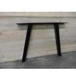 'Arendal' industriele tafel steigerhout schuine poot staal